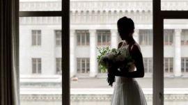 One Couple's Lakeside Wedding in Oregon
