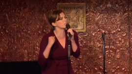 """Rachel Bloom Serenades Audience (and Her In-Laws) with """"You Stupid Bitch"""" from Crazy Ex-Girlfriend"""