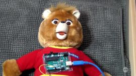 Bearlexa: Arduino, Raspberry Pi, Teddy Ruxpin + Alexa