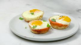 These Low-Calorie Sweet Potato Egg Cups Make A Great On-The-Go Breakfast