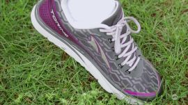 Altra Torin IQ smart running shoes | Ars Technica