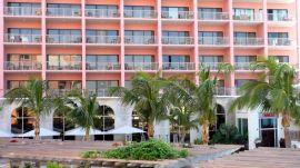 Bermuda's Very Pink Hamilton Princess Hotel