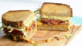 Bourbon BLT with Beer Cheese Spread