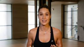 Kayla Itsines's 14-Minute Butt, Arms, and Abs Workout