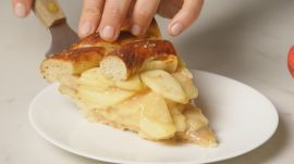 Salted Apple Pretzel Pie