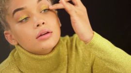 Jasmine Sanders Shares Golden Holiday Makeup Tips