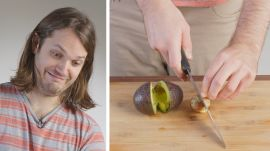 50 People Try to Slice an Avocado