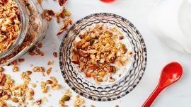 How to Make DIY Granola Without a Recipe