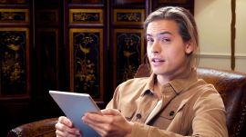 Dylan Sprouse Reads Dylan and Cole Sprouse FanFiction