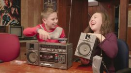 Kids versus 80s tech: Game Boy, Vectrex and a stereo system