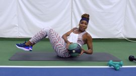 Watch Venus Williams's 7 Best Workout Moves for a Grand Slam Body—Just Ahead of Wimbledon