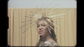 Behind the Scenes of Beyoncé's Vogue Cover Shoot