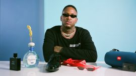 YG's Mandatory Things: Credit Card, Bluetooth Speakers, Smelling Good