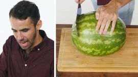50 People Try to Cut a Watermelon