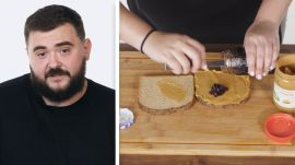 50 People Try to Make a Peanut Butter and Jelly Sandwich