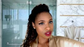 "Jennifer Hudson Sings Her Way to the Perfect Cat Eye ""Swoop"""