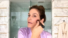 Watch Cindy Crawford Do Her Getting-Out-the-Door Morning Beauty Routine
