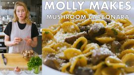 Molly Makes Mushroom Carbonara