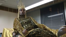 "Watch Billy Porter Drip Himself In Gold For His ""Sun God"" Met Gala Look"
