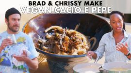 Brad and Chrissy Make Vegan Cacio e Pepe with Grilled Mushrooms