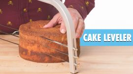 5 Cake Making Gadgets Tested by Design Expert