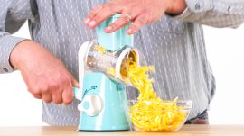 5 Cheese Gadgets Tested by Design Expert