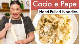 How To Make Cacio e Pepe With Hand-Pulled Noodles