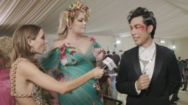 Eugene Lee Yang & Nikkie de Jager on Eugene's Last Minute Met Look