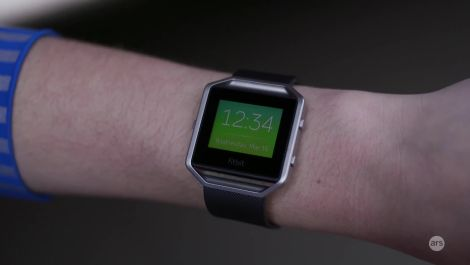 Ars reviews the Fitbit Blaze