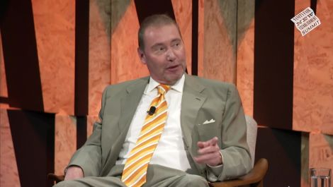 Jeffrey Gundlach and the Weight of a Global U.S. Market