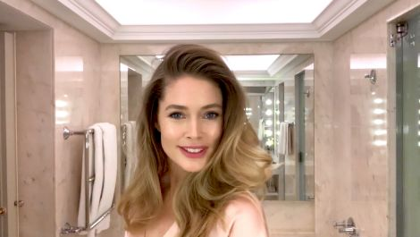 Supermodel Doutzen Kroes Shares Her Guide to Age-Defying Glow