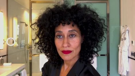 Tracee Ellis Ross's Guide to Fabulous Curls and Going Foundation-Free