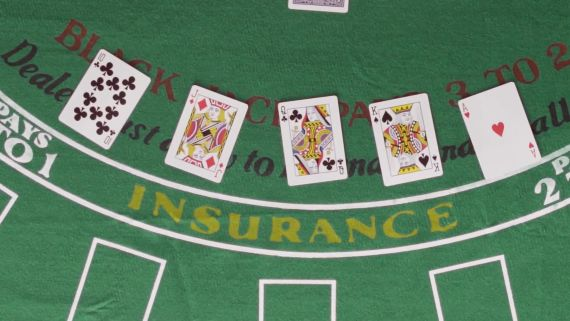 Blackjack Expert Explains How Card Counting Works