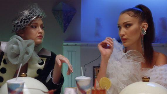 Gigi, Bella, Anwar, and Yolanda Hadid In the Best Looks of New York Fashion Week Spring 2019