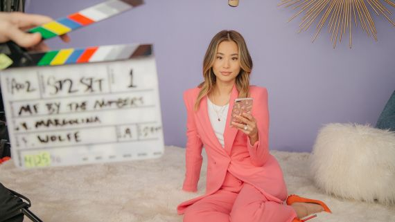 We Tracked Jamie Chung's Phone Use for a Week. Here's What We Found