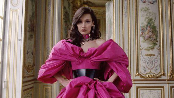 Watch Bella Hadid Dazzle in the Paris Collections!