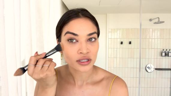 Shanina Shaik's Guide to a Summer Skin Glow-Up