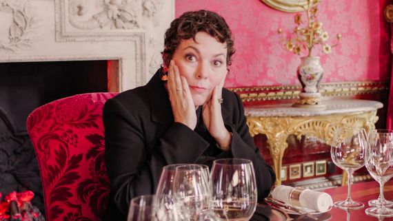 Olivia Colman on Her Oscars Speech, British Humor, and Playing the Queen