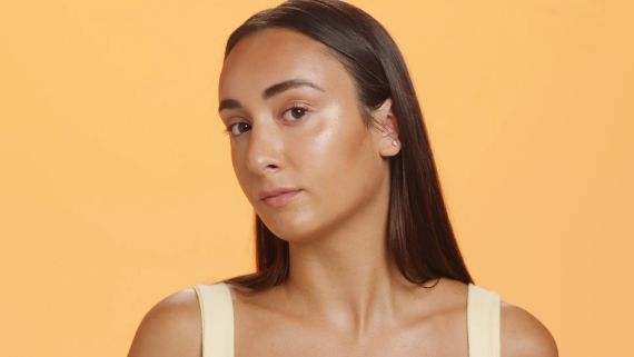 Beauty Close Up: How to Apply The Best Bronzer Ever
