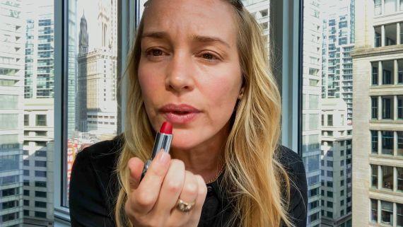 Piper Perabo's Minimal 10 Minute Beauty Routine