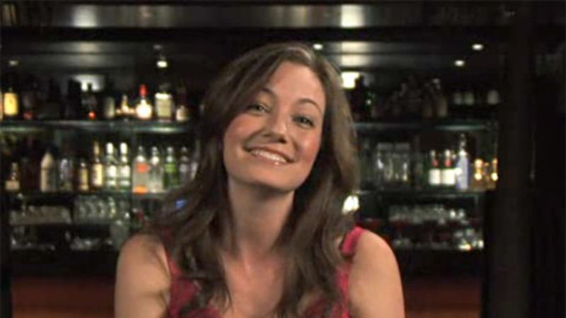 4 Replies to Dating female bartenders