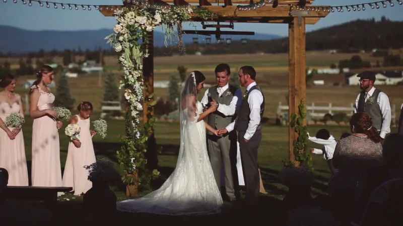 A Rustic Barn Wedding In Washington