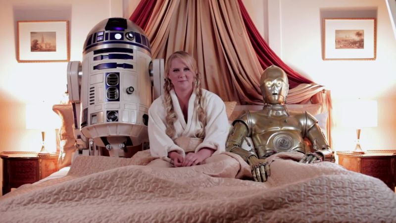 Watch Gq Cover Shoots How Amy Schumer Got Into Bed With