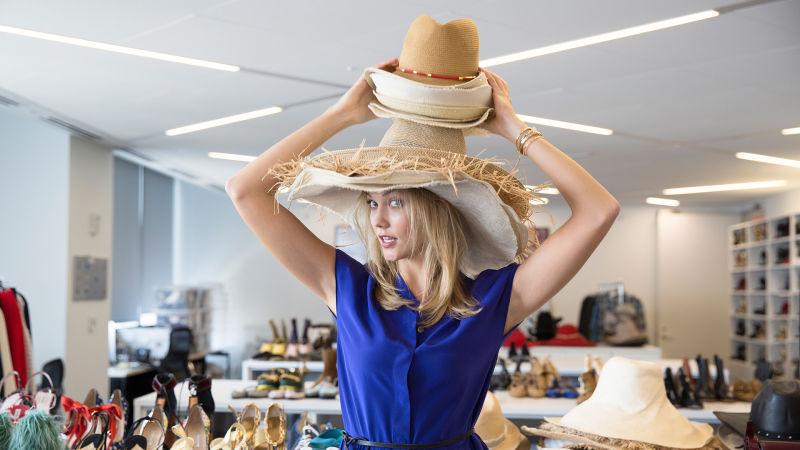 1778535f25b Watch Vogue Fashion Week | Karlie Kloss & Friends Raid the Vogue Closet for  NYFW | Vogue Video | CNE | Vogue.com