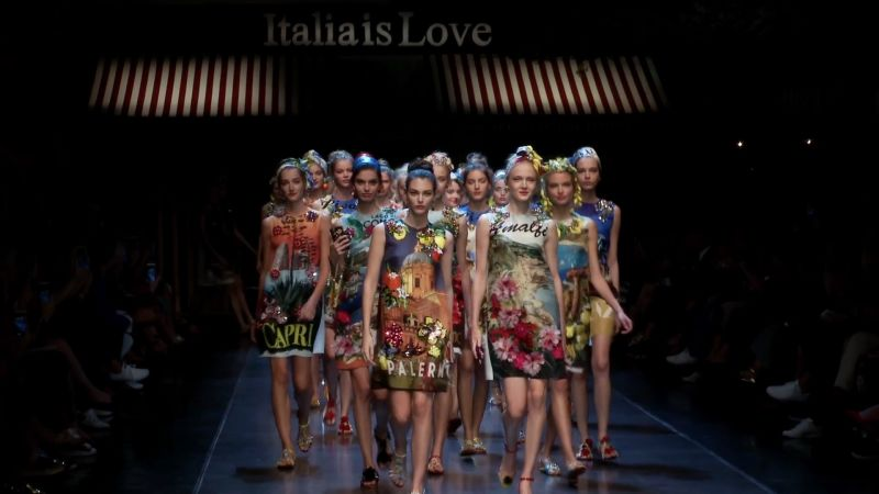 Watch Vogue Fashion Week  ab62360264c