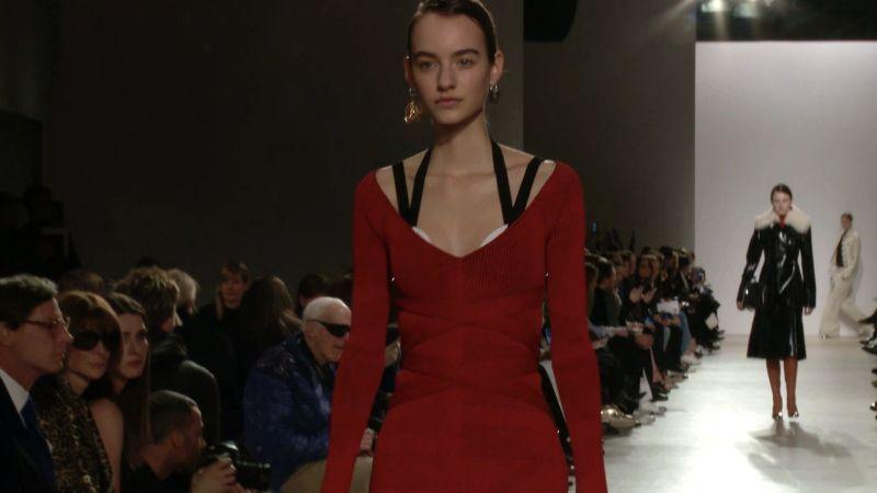 Watch Vogue Fashion Week  47cc19d37be