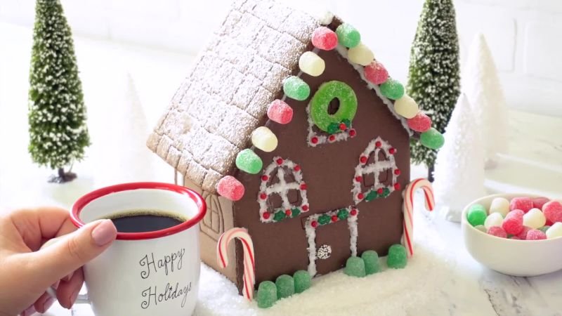 Watch make the holidays extra special and decorate your - Decorate your own house ...