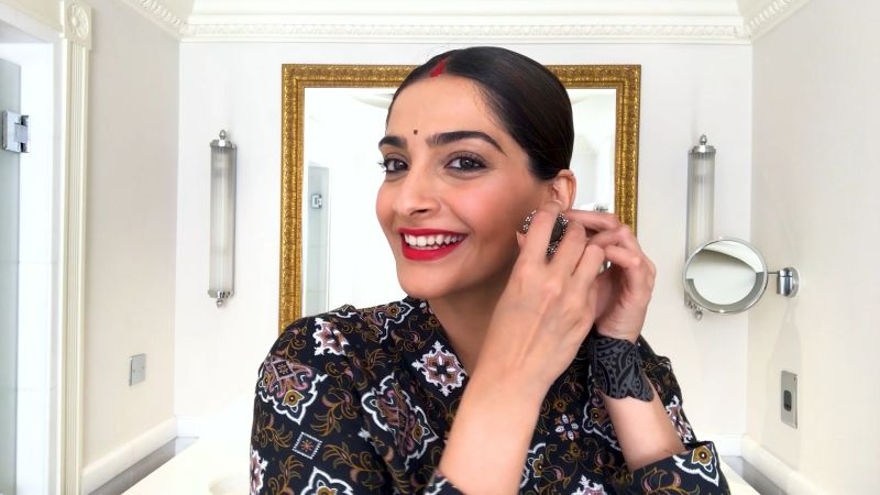 Sonam Kapoor Gives a Lesson in '90s Bollywood Beauty