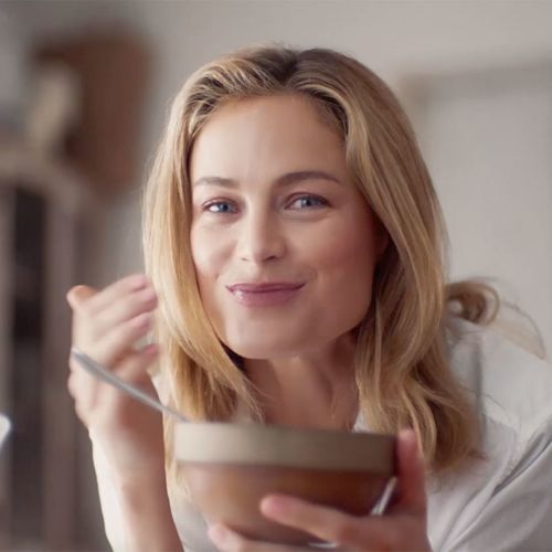 Watch Want to Rise and Shine Like Carolyn Murphy? Here's How