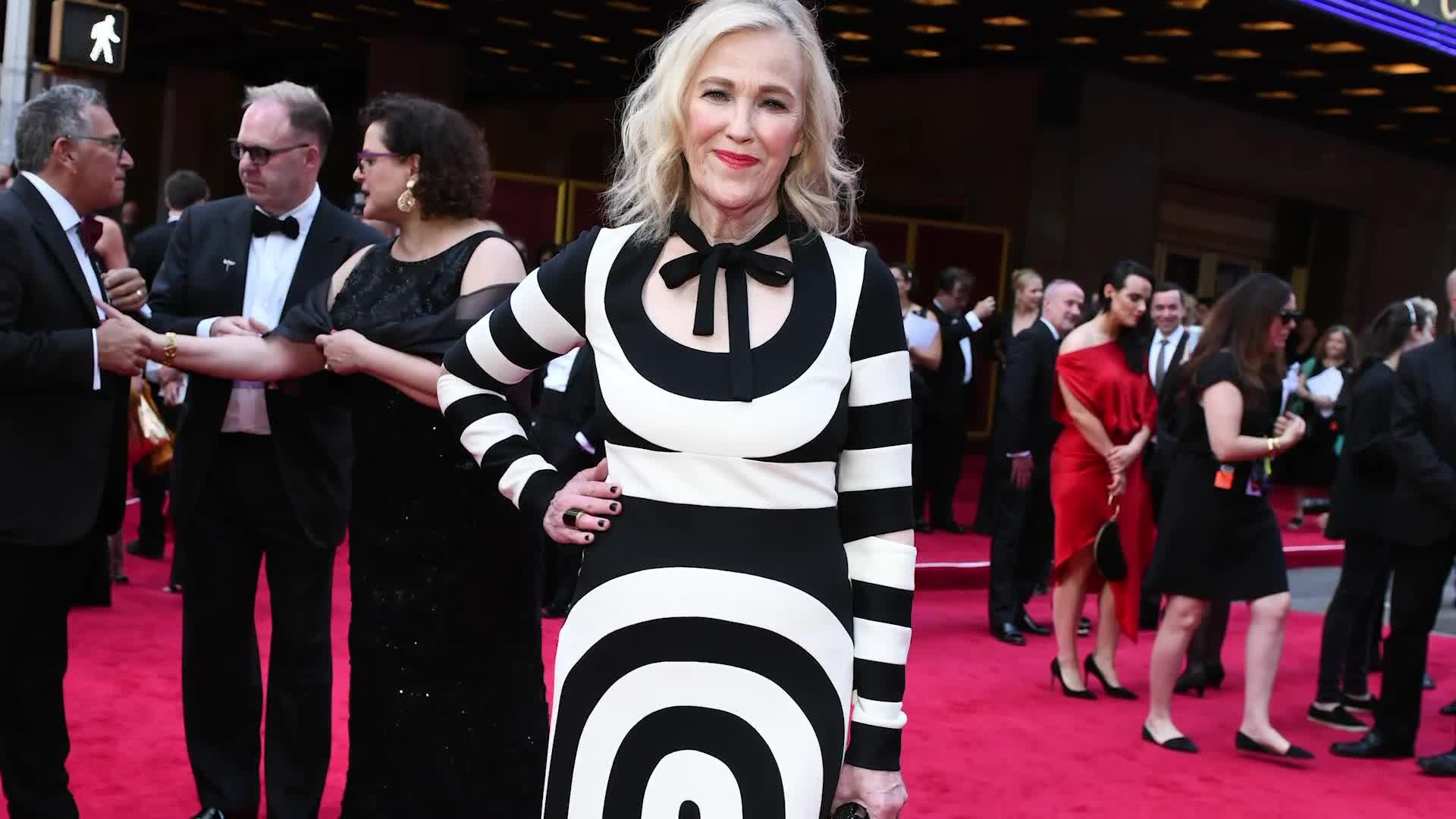 Watch Catherine O'Hara Breaks Down Her Best Fashion ...
